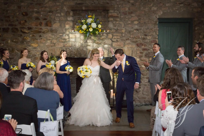 Heirloom Studio Wedding ceremony Holley Hedge