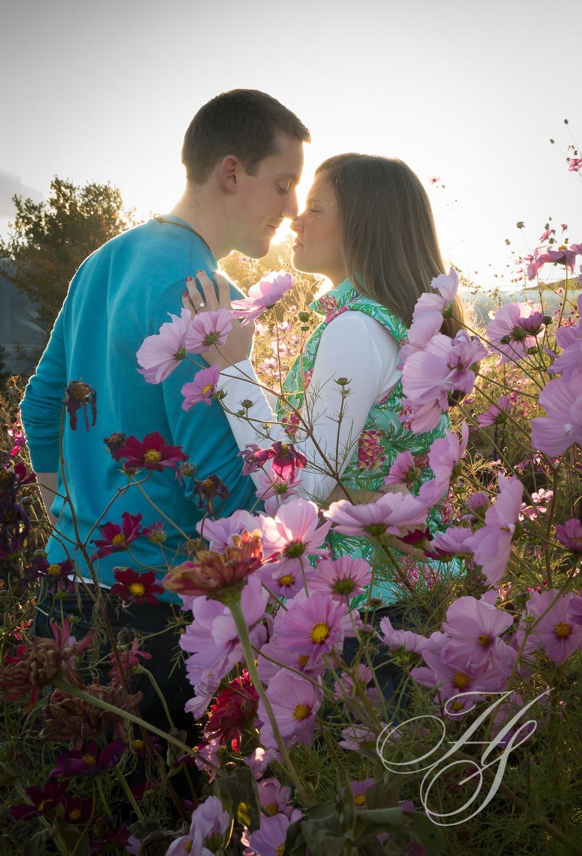 Heirloom Studio   Couples photo   casual