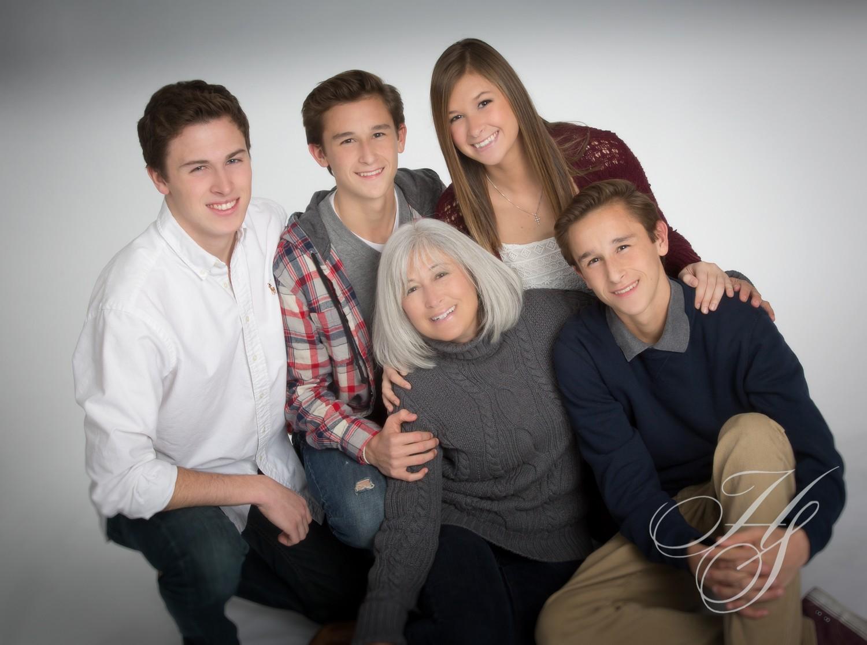 Heirloom Studio   Family Portrait  