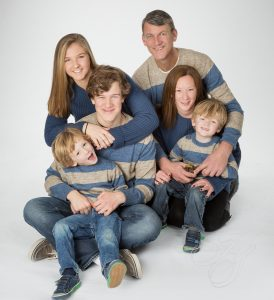 Heirloom Studio | Family Portrait | Casual